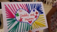 Families bond over Parents' Day handicraft